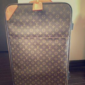Louis Vuitton Pegase 55